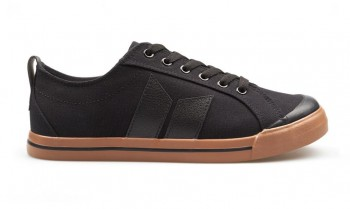 MACBETH - ELIOT BLACK/BLACK GUM