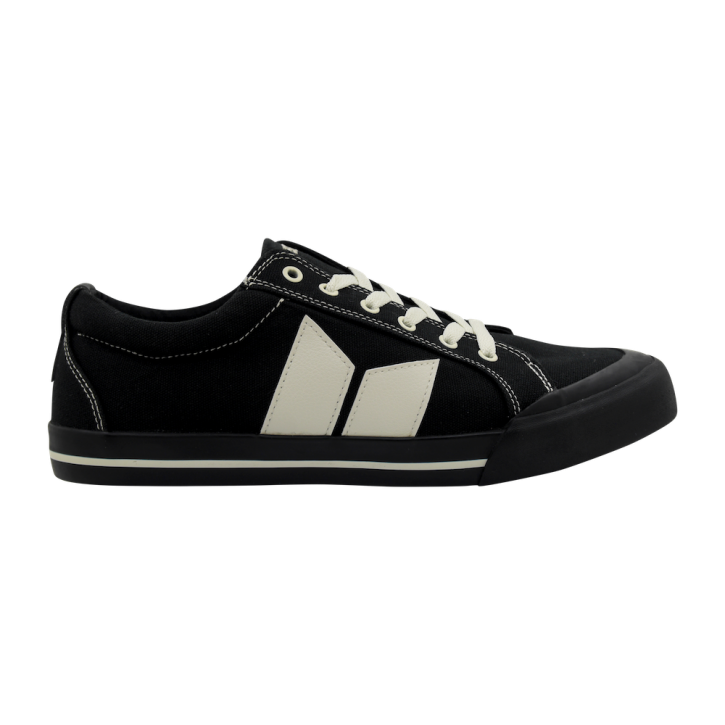 MACBETH - ELIOT BLACK/CEMENT