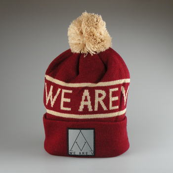 WEAREV - POMPOM BEANIE LET IT SNOW RED