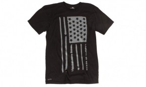 MACBETH - FLAG TEE BLACK